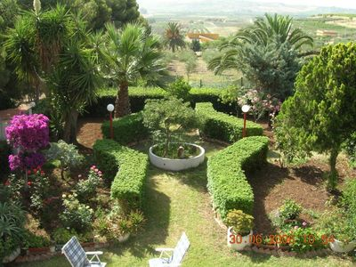 Photo for Luxury villa on the 1st floor with panoramic view, well kept garden and aromatic