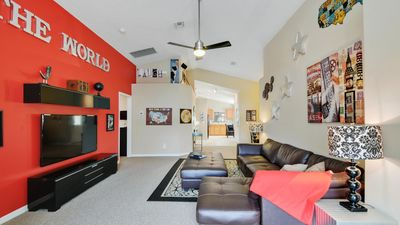 Photo for Welcome to The World Villa, 3 miles from Disney World, pool/spa, free wifi