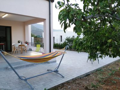 Photo for Villa near the sea with 5 beds. Private parking.