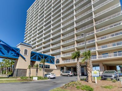Photo for Condo with free WiFi, shared pools & hot tub, easy access to beach
