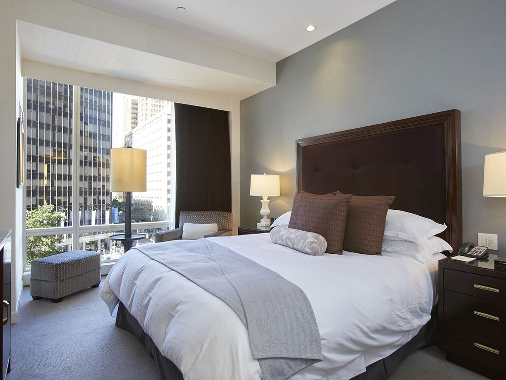 5 star hotel bedroom design images for Design hotel 5 star