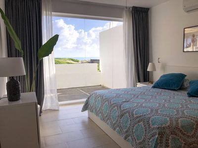 Lovely, Stylish Apartment at Oceanfront on Beach