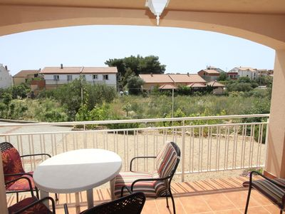 Photo for Apartment Sea Breeze  A1 prizemlje(4+2)  - Srima, Riviera Sibenik, Croatia