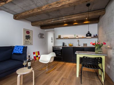 Photo for FRIZ 4, Modernes Apartment in historischer Scheune