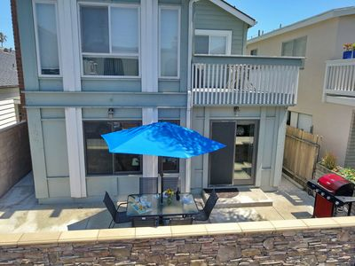 Photo for Beach Sanctuary 30 Seconds to Beach & Dining!  2 Bikes/garage Parking/washer!