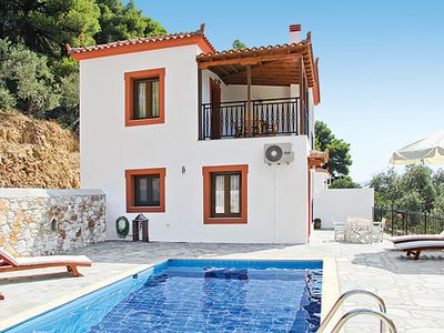 Photo for Ideal villa for two couples/small family, with coastline views & great for exploring nearby