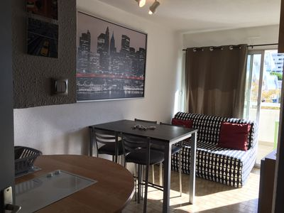 Photo for Double cabin apartment at the Couchant 200 meters from the sea residence pool