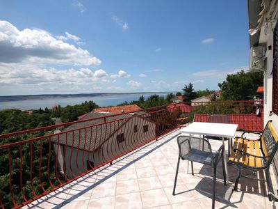 Photo for One bedroom apartment with terrace and sea view Starigrad, Paklenica (A-6431-a)