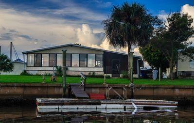 Photo for Bare Footing in Shell Point - Boat Dock, Pool, WiFi, Sunroom, Screened Porch