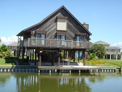 Sea Lover Cottage in Terramar Beach, Galveston Beach House with a Canal Front