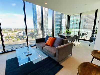 Photo for Modern and Luxurious 2 Bed 2 Bath Apartment