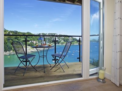 Photo for 4 BOLT HEAD, family friendly, with a garden in Salcombe, Ref 995053