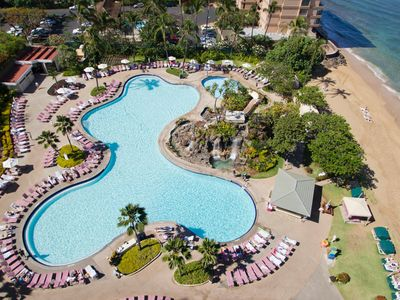 Photo for Deluxe 1BR w/FREE WIFI & Ocean View, Resort Pool, Beach, Watersports Rentals