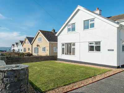 Photo for Dysynni -  a 4 bed detached house that sleeps 6/7 guests in 4 bedrooms