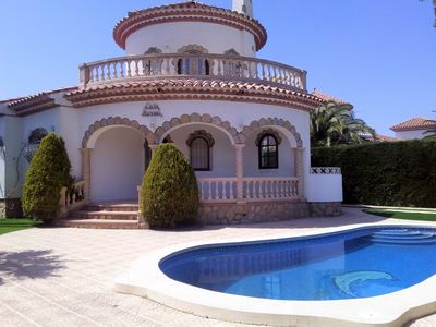 Photo for Beautiful Villa 6 Person Private Pool, Garden Grass, BBQ, Wi-Fi and Clim Lounge