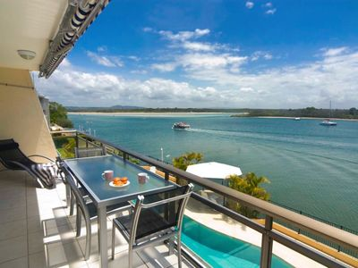 Photo for Paradise River Vista 2 bed 2 bath, Waterfront Noosa River, POOL Aircon and WiFI