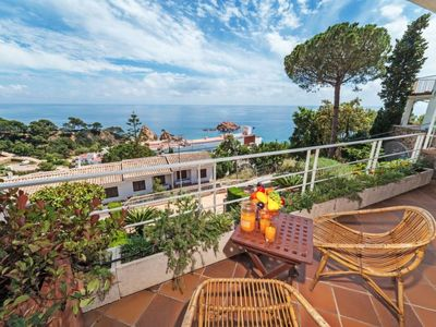Photo for 4 bedroom Villa, sleeps 7 in Tossa de Mar with Pool and WiFi