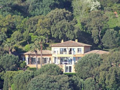 Photo for Beautiful Villa with Swimming Pool in Cavalaire-sur-Mer