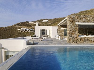Photo for Stuning Five Star Family Villa .Infinity Pool and Spectacular Views Med.cuisine