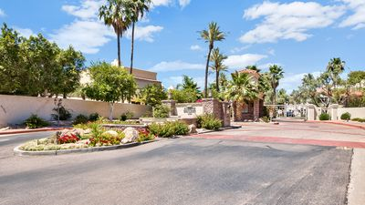 Gated community - Scottsdale Bay Club at Scottsdale Ranch