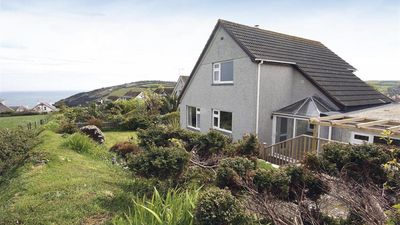 Photo for Rock Pools - Three Bedroom House, Sleeps 5