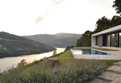 Stunning uninterrupted views of the Douro River