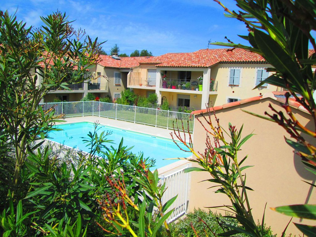 Villa Terre Du Sud 2 room apartment refurbished in a luxury residence + swimming pool -  st-rémy-de-provence