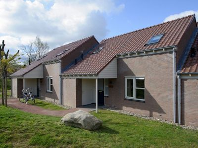 Photo for Extra luxury 8-person bungalow in the holiday park Landal Hoog Vaals - in the mountains/rolling countryside