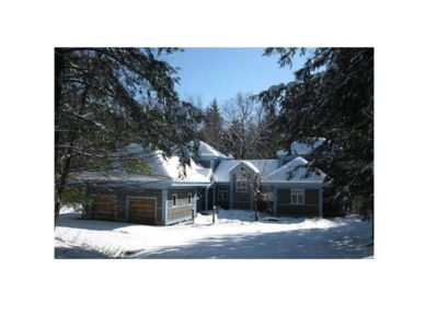 Photo for Spacious Ski Home is located in a desirable neighborhood of Stratton Mountain!