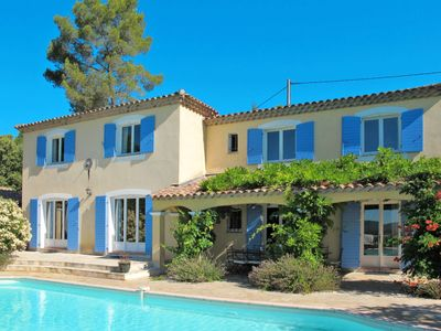 Photo for 6 bedroom Villa, sleeps 12 in Les Camails with Pool and WiFi