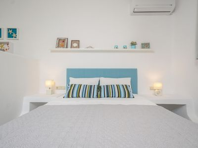 Photo for Apartment in Ag.Anna area,fully equipped,semi-basement & very quiet environment.