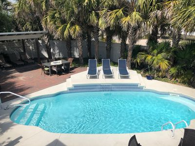 Photo for BeachFront, 5 BR, Palm-Surrounded Large Pool w Dining Area for 12,Chef's Kitchen