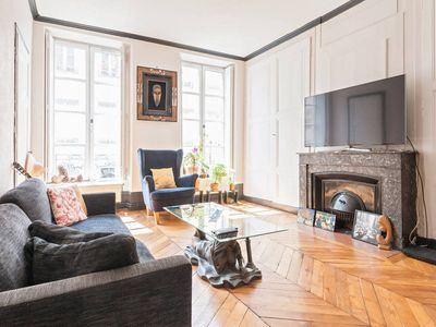 Photo for Bright and Elegant 2BR Flat in Part Dieu