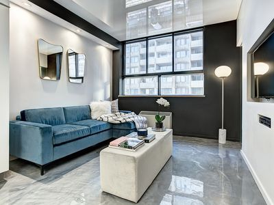 Photo for Cosy apartment for couple's getaway in the heart of Downtown Montreal