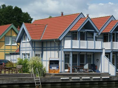 Photo for Holiday home with private boat dwellers in the port village Rheinberg