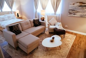 Photo for 4BR House Vacation Rental in Lincolnwood, Illinois