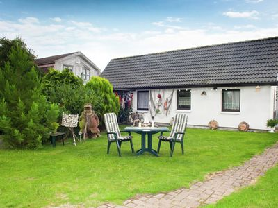 Photo for Charming Holiday Home in Kühlungsborn with Terrace