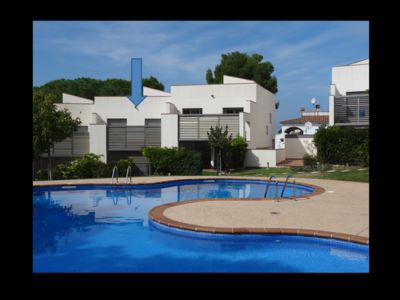 Photo for Contemporary house in residence with garden swimming pool underground parking
