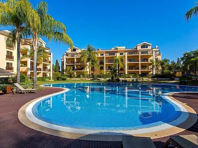 Photo for Vilamoura Villa, Sleeps 4 with Pool and Air Con