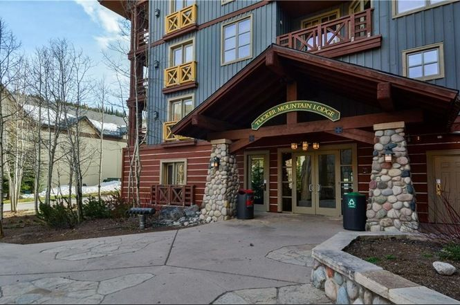 Tucker Mountain Lodge One Bedroom Plus Den Center Village