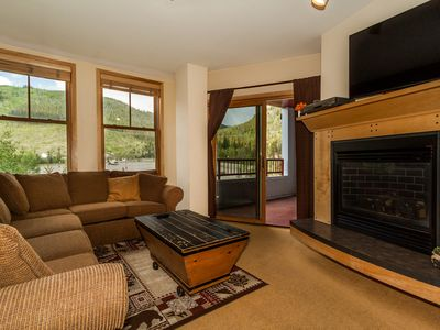 Photo for River Run Condo, Short Walk to Gondola, Mountain Views, King Bed, Free Wifi