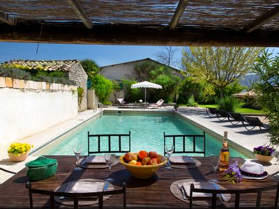 Photo for Cottage with stunning views over the Luberon, comfort and tranquility.