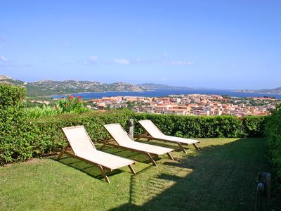 Photo for Elegant holiday home with wonderful panoramic sea views