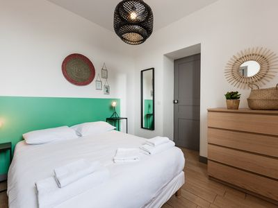 Photo for Ideally located 2 steps from the Old Port - Jade