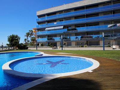 Photo for AT062 STELLA MARE: Fantastic ground floor with pool in first line