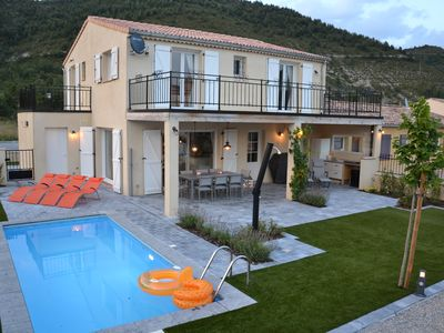 Photo for New build holiday home 8 people private pool in Castellane South France