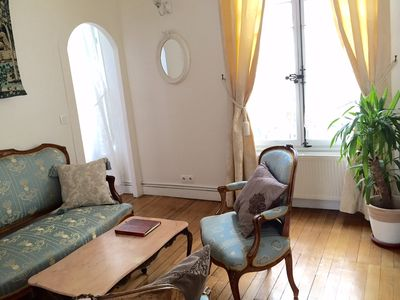 Photo for Le Marais-Central Paris. Pretty & quiet 2 bd apt . 2 min to Metro