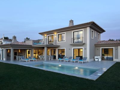 Photo for Amazing luxury villa with sea views located at tourist town of Carvoeiro