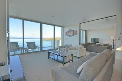 First and second living area - both boasting beautiful views