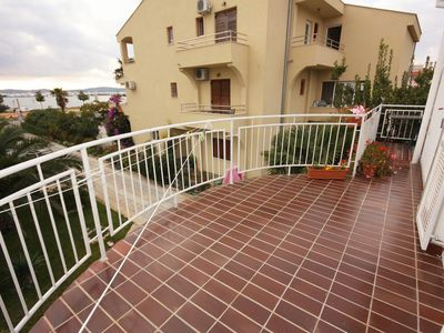 Photo for One bedroom apartment with terrace and sea view Sukošan, Zadar (A-5863-a)